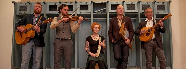 The Rovers stand out for their powerful, emotive vocals and engaging entertainment. They perform on meticulously crafted replicas of historical instruments that rarely appear on today's musical landscape.